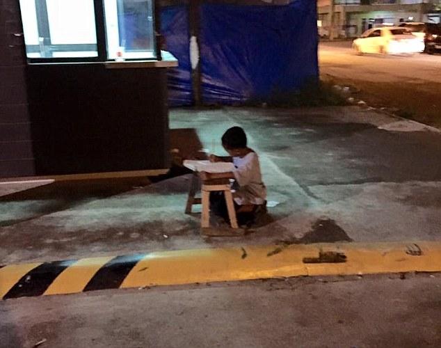 mcdonalds_uceni_bezdomovec (1)
