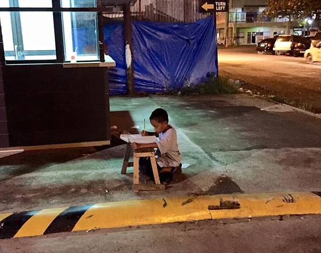mcdonalds_uceni_bezdomovec (2)