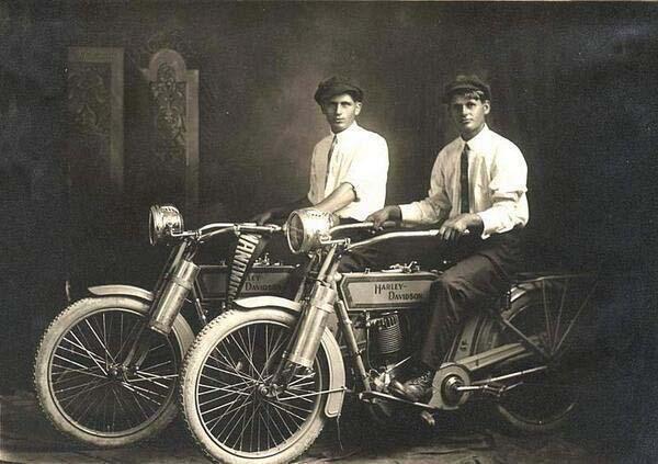 3.-William-Harley-and-Arthur-Davidson-1914